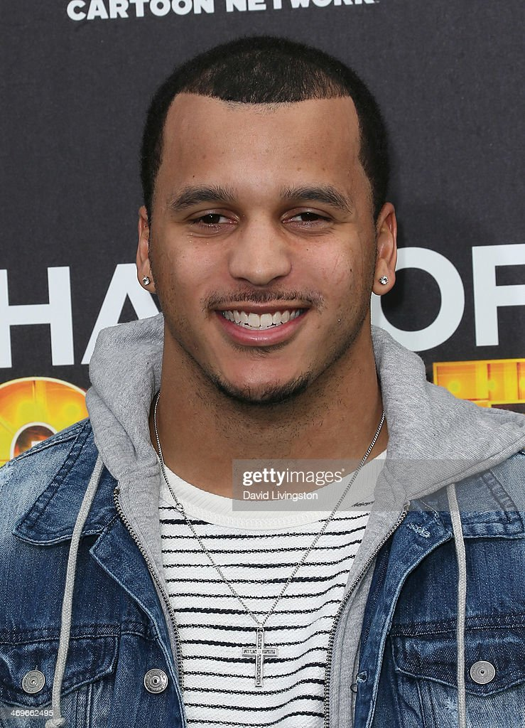 NFL player <a gi-track='captionPersonalityLinkClicked' href=/galleries/search?phrase=Jermaine+Kearse&family=editorial&specificpeople=5516767 ng-click='$event.stopPropagation()'>Jermaine Kearse</a> attends Cartoon Network's Hall of Game Awards at Barker Hangar on February 15, 2014 in Santa Monica, California.