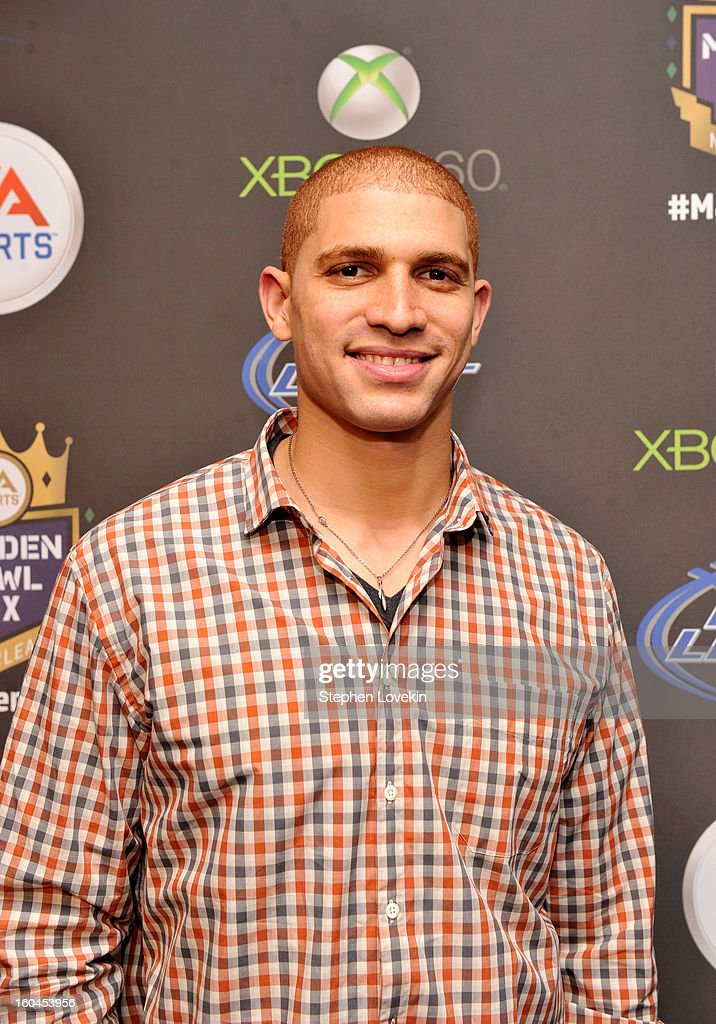 NFL player Jimmy Graham of the New Orleans Saints arrives at EA SPORTS Madden Bowl XIX at the Bud Light Hotel on January 31, 2013 in New Orleans, Louisiana.