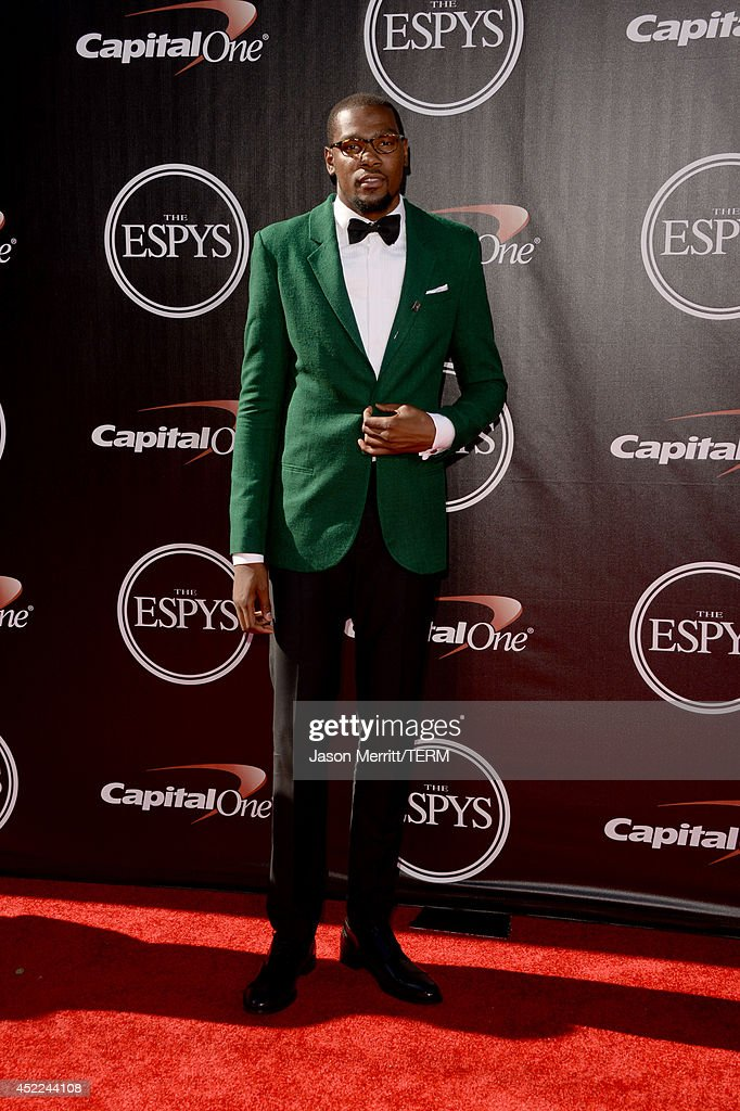 NBA player <a gi-track='captionPersonalityLinkClicked' href=/galleries/search?phrase=Kevin+Durant&family=editorial&specificpeople=3847329 ng-click='$event.stopPropagation()'>Kevin Durant</a> attends The 2014 ESPYS at Nokia Theatre L.A. Live on July 16, 2014 in Los Angeles, California.