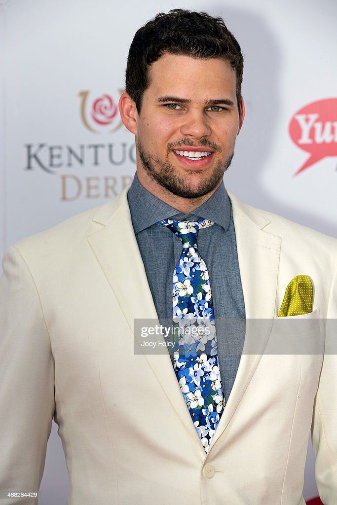 NBA player <a gi-track='captionPersonalityLinkClicked' href=/galleries/search?phrase=Kris+Humphries&family=editorial&specificpeople=209199 ng-click='$event.stopPropagation()'>Kris Humphries</a> attends the 140th Kentucky Derby at Churchill Downs on May 3, 2014 in Louisville, Kentucky.