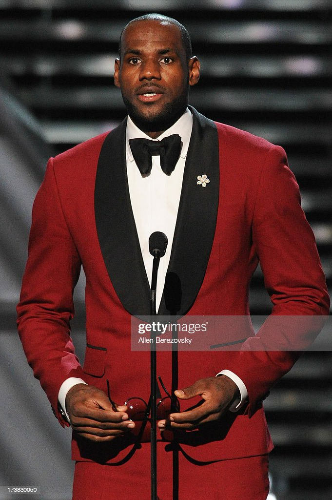 NBA player <a gi-track='captionPersonalityLinkClicked' href=/galleries/search?phrase=LeBron+James&family=editorial&specificpeople=201474 ng-click='$event.stopPropagation()'>LeBron James</a> accepts award for Best Male Athlete onstage at the 2013 ESPY Awards at Nokia Theatre L.A. Live on July 17, 2013 in Los Angeles, California.