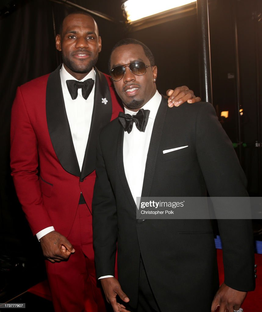 NBA player <a gi-track='captionPersonalityLinkClicked' href=/galleries/search?phrase=LeBron+James&family=editorial&specificpeople=201474 ng-click='$event.stopPropagation()'>LeBron James</a> (L) and musician Sean 'Diddy' Combs attend The 2013 ESPY Awards at Nokia Theatre L.A. Live on July 17, 2013 in Los Angeles, California.