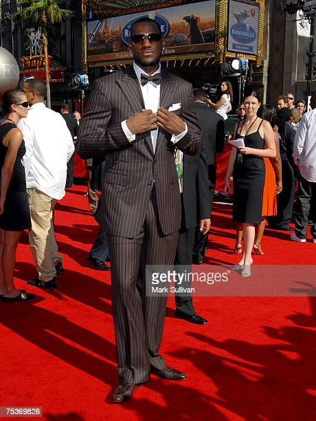 NBA player LeBron James arrives to the 2007 ESPY Awards at the Kodak Theatre on July 11 2007 in Hollywood California