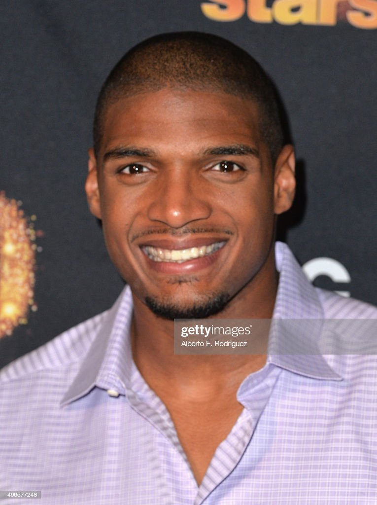 NFL player <a gi-track='captionPersonalityLinkClicked' href=/galleries/search?phrase=Michael+Sam&family=editorial&specificpeople=7172674 ng-click='$event.stopPropagation()'>Michael Sam</a> attends the premiere of ABC's 'Dancing With The Stars' season 20 at HYDE Sunset: Kitchen + Cocktails on March 16, 2015 in West Hollywood, California.