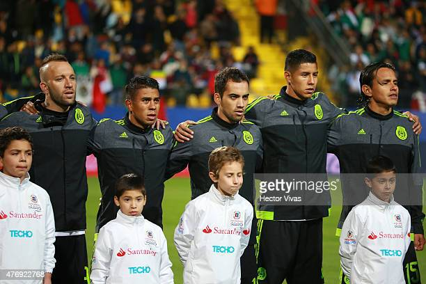 Player of Mexico line up during the national anthem ceremony prior to the 2015 Copa America Chile Group A match between Mexico and Bolivia at...
