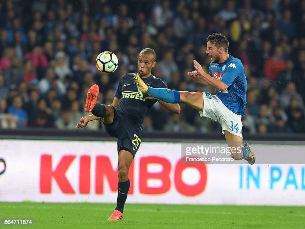Player of SSC Napoli Dries Mertens vies with FC Internazionale player Miranda during the Serie A match between SSC Napoli and FC Internazionale at...