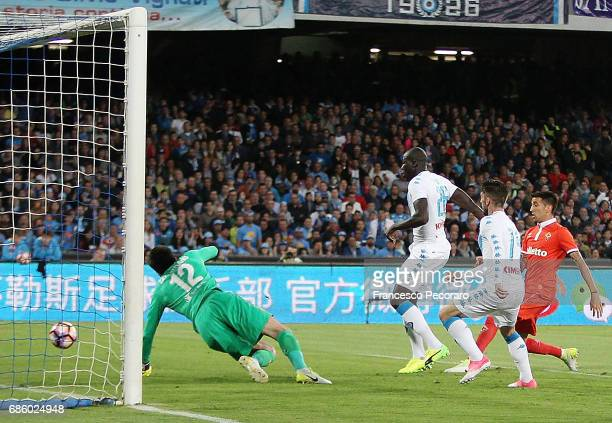 Player of SSC Napoli Kalidou Koulibaly scores the 10 goal during the Serie A match between SSC Napoli and ACF Fiorentina at Stadio San Paolo on May...