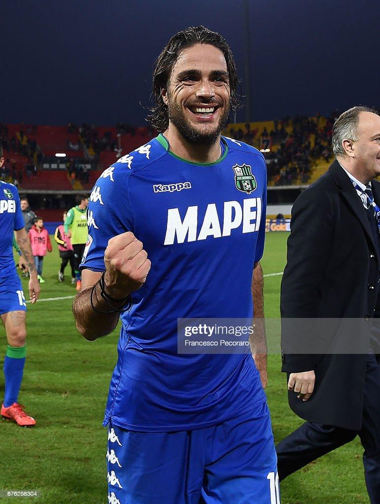 Player of US Sassuolo Alessandro Matri celebrates the victory after the Serie A match between Benevento Calcio and US Sassuolo at Stadio Ciro Vigorito on November 19, 2017 in Benevento, Italy.
