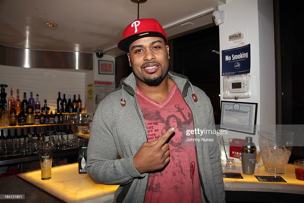 NFL Player Raheem Brock Hosts Nemas Boom Room At Toshis Living The Flatiron