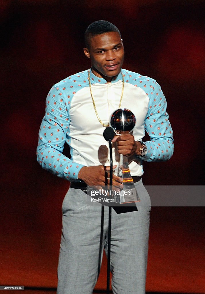 NBA player <a gi-track='captionPersonalityLinkClicked' href=/galleries/search?phrase=Russell+Westbrook&family=editorial&specificpeople=4044231 ng-click='$event.stopPropagation()'>Russell Westbrook</a> accepts the Best Comeback Athlete award onstage during the 2014 ESPYS at Nokia Theatre L.A. Live on July 16, 2014 in Los Angeles, California.