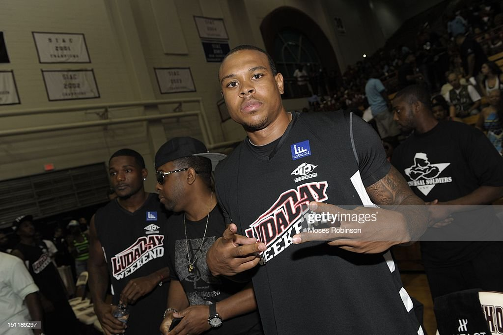 NBA Player Shannon Brown attends the LudaDay 2012 Weekend Celebrity Basketball Game at Forbes Arena on September 2, 2012 in Atlanta, Georgia.