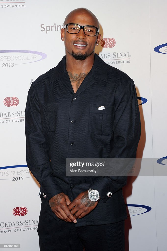 NFL player <a gi-track='captionPersonalityLinkClicked' href=/galleries/search?phrase=Tarell+Brown&family=editorial&specificpeople=2105844 ng-click='$event.stopPropagation()'>Tarell Brown</a> arrives at the Sports Spectacular 28th Anniversary Gala at the Hyatt Regency Century Plaza on May 19, 2013 in Century City, California.