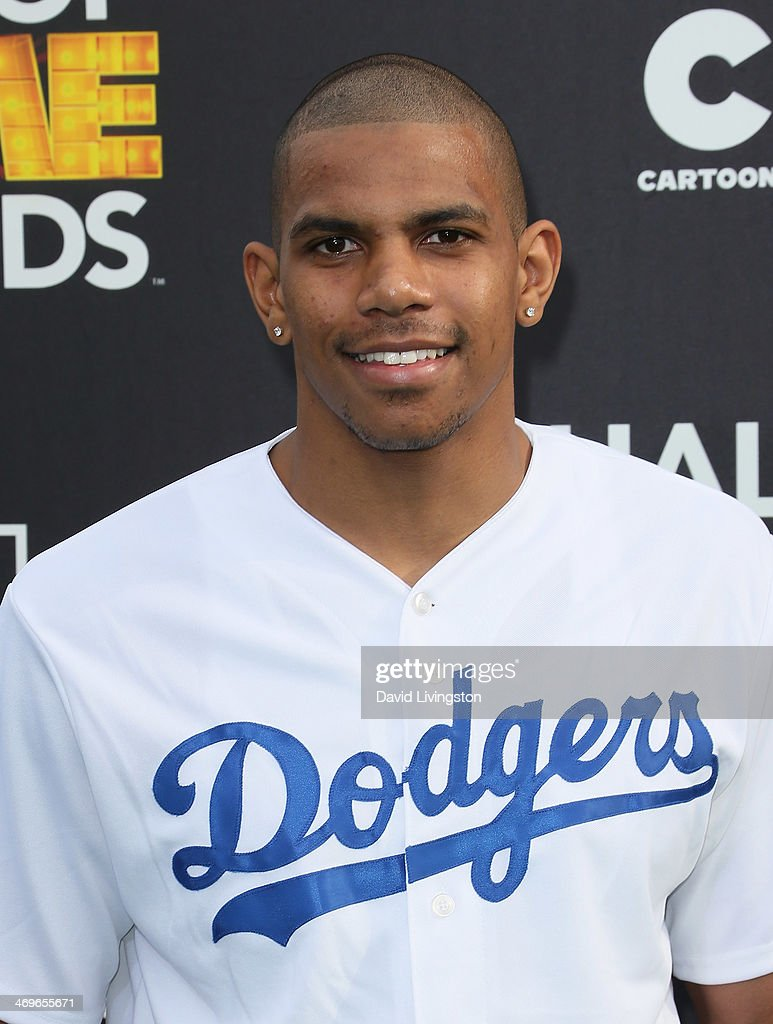 NFL player <a gi-track='captionPersonalityLinkClicked' href=/galleries/search?phrase=Terrelle+Pryor&family=editorial&specificpeople=4420918 ng-click='$event.stopPropagation()'>Terrelle Pryor</a> attends Cartoon Network's Hall of Game Awards at Barker Hangar on February 15, 2014 in Santa Monica, California.