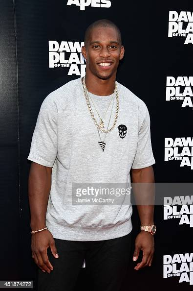 NFL player Victor Cruz attends the 'Dawn Of The Planets Of The Apes' premiere at Williamsburg Cinemas on July 8 2014 in New York City