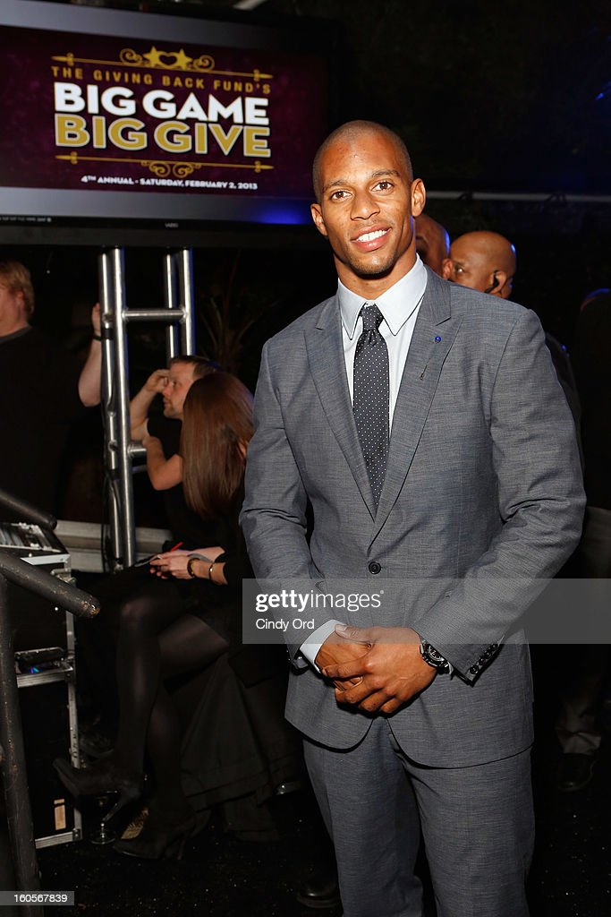 NFL player <a gi-track='captionPersonalityLinkClicked' href=/galleries/search?phrase=Victor+Cruz+-+Footballspieler&family=editorial&specificpeople=8736842 ng-click='$event.stopPropagation()'>Victor Cruz</a> attends The Giving Back Fund's 4th Annual Big Game Big Give Super Bowl Celebration on February 2, 2013 in New Orleans, Louisiana.