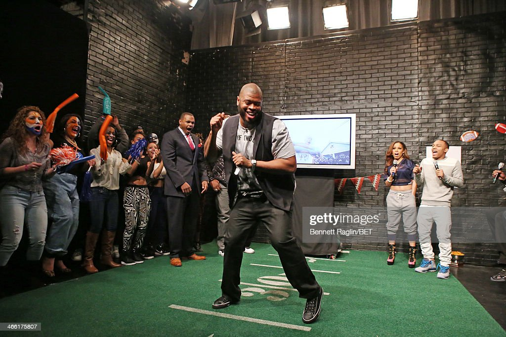 NFL player Wade Smith visits 106 & Park at BET studio on January 30, 2014 in New York City.