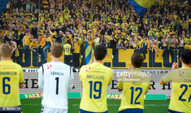 Players and fans of Brondby IF celebrates after the Danish Cup DBU Pokalen semifinal match between FC Midtjylland and Brondby IF at MCH Arena on May...