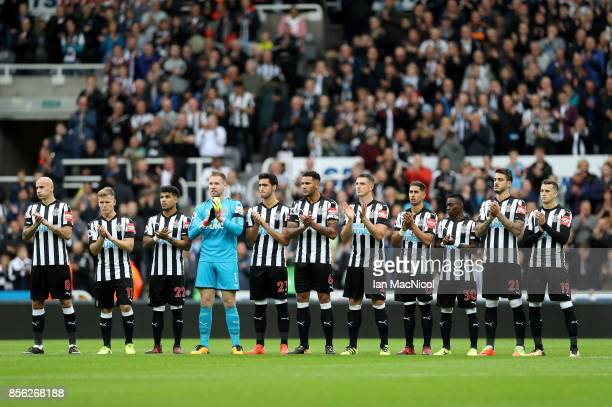 Players and fans pay tribute to exNewcastle United chairman Freddy Shepherd prior to the Premier League match between Newcastle United and Liverpool...