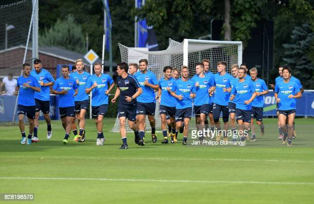 players and Fitnesstrainer Henrik Kuchno of Hertha BSC during the training on august 9 2017 in Berlin Germany