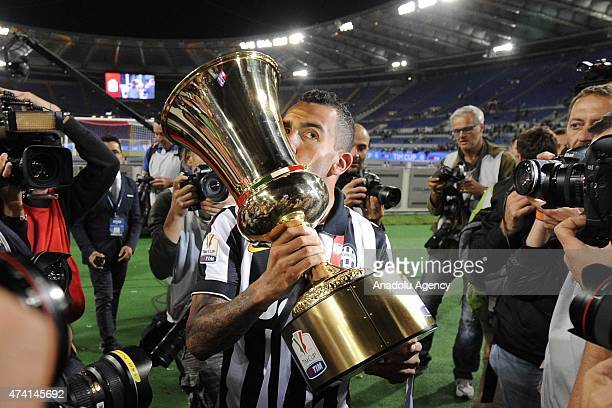 Players and staffs of Juventus celebrate their victory as they won Italian Seri A TIM Cup after the TIM Cup final match between SS Lazio and Juventus...