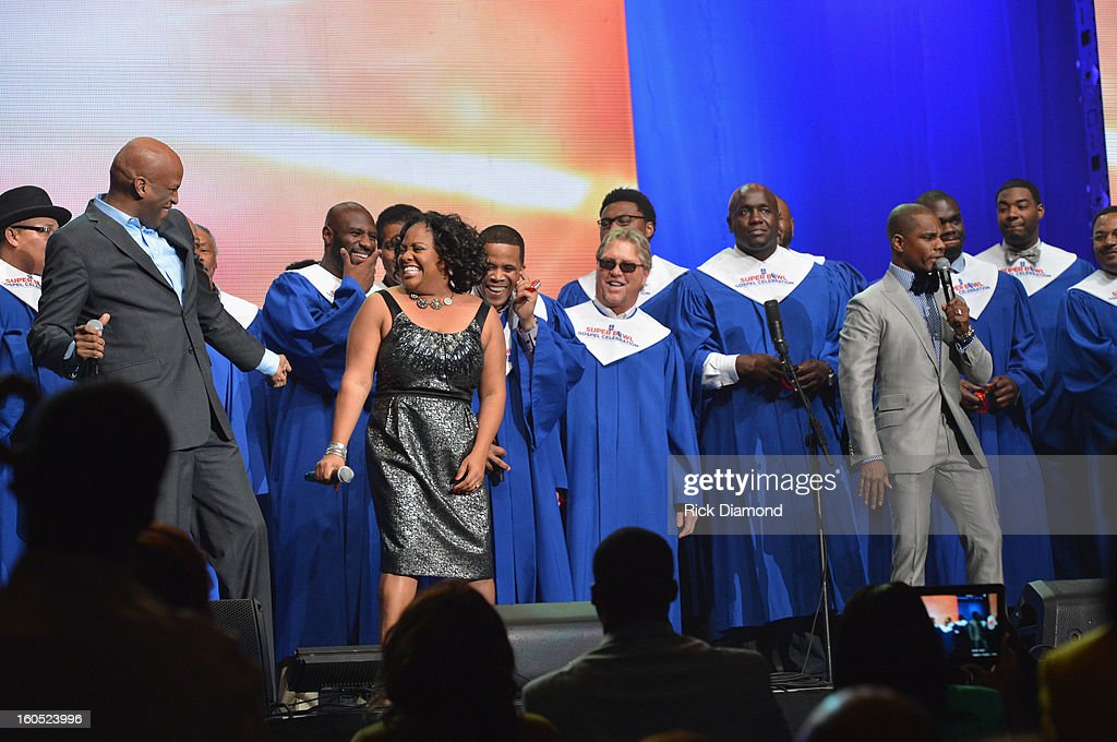 Players Choir featuring Jingle Dreams winners, <a gi-track='captionPersonalityLinkClicked' href=/galleries/search?phrase=Donnie+McClurkin&family=editorial&specificpeople=227367 ng-click='$event.stopPropagation()'>Donnie McClurkin</a>(L) and <a gi-track='captionPersonalityLinkClicked' href=/galleries/search?phrase=Kirk+Franklin&family=editorial&specificpeople=779291 ng-click='$event.stopPropagation()'>Kirk Franklin</a>(R) perform with television personality <a gi-track='captionPersonalityLinkClicked' href=/galleries/search?phrase=Sherri+Shepherd&family=editorial&specificpeople=693379 ng-click='$event.stopPropagation()'>Sherri Shepherd</a> during the Super Bowl Gospel 2013 Show at UNO Lakefront Arena on February 1, 2013 in New Orleans, Louisiana.