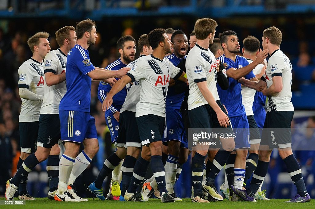 Players clash after a foul during the English Premier League football match between Chelsea and Tottenham Hotspur at Stamford Bridge in London on May 2, 2016. / AFP / GLYN KIRK / RESTRICTED TO EDITORIAL USE. No use with unauthorized audio, video, data, fixture lists, club/league logos or 'live' services. Online in-match use limited to 75 images, no video emulation. No use in betting, games or single club/league/player publications. /