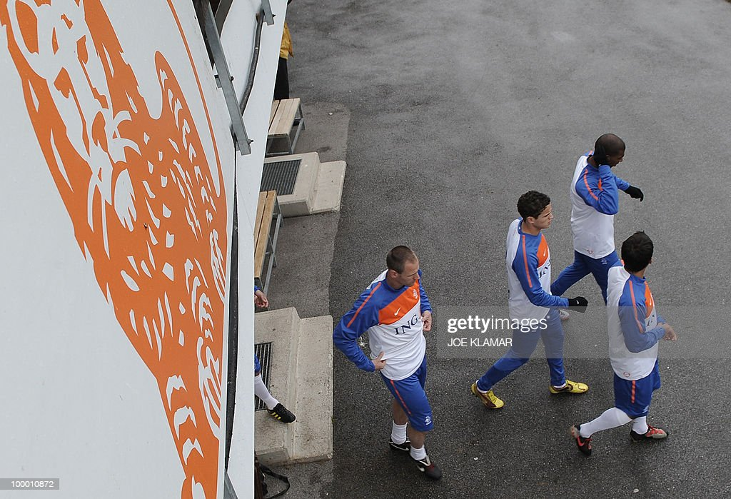Players come out of dressing room for the Dutch national football team's first practice at their training camp in Tyrolian village in Seefeld on May 20, 2010, prior to the FIFA World cup 2010 in South Africa.