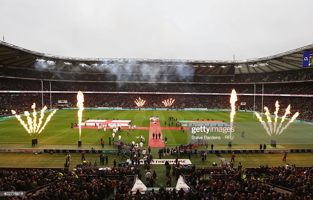 Players enter into the pitch prior to the Old Mutual Wealth Series match between England and South Africa at Twickenham Stadium on November 12, 2016 in London, England.