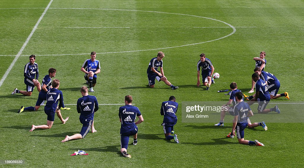 Players exercise during a Schalke 04 training session at the ASPIRE Academy for Sports Excellence on January 7, 2013 in Doha, Qatar.