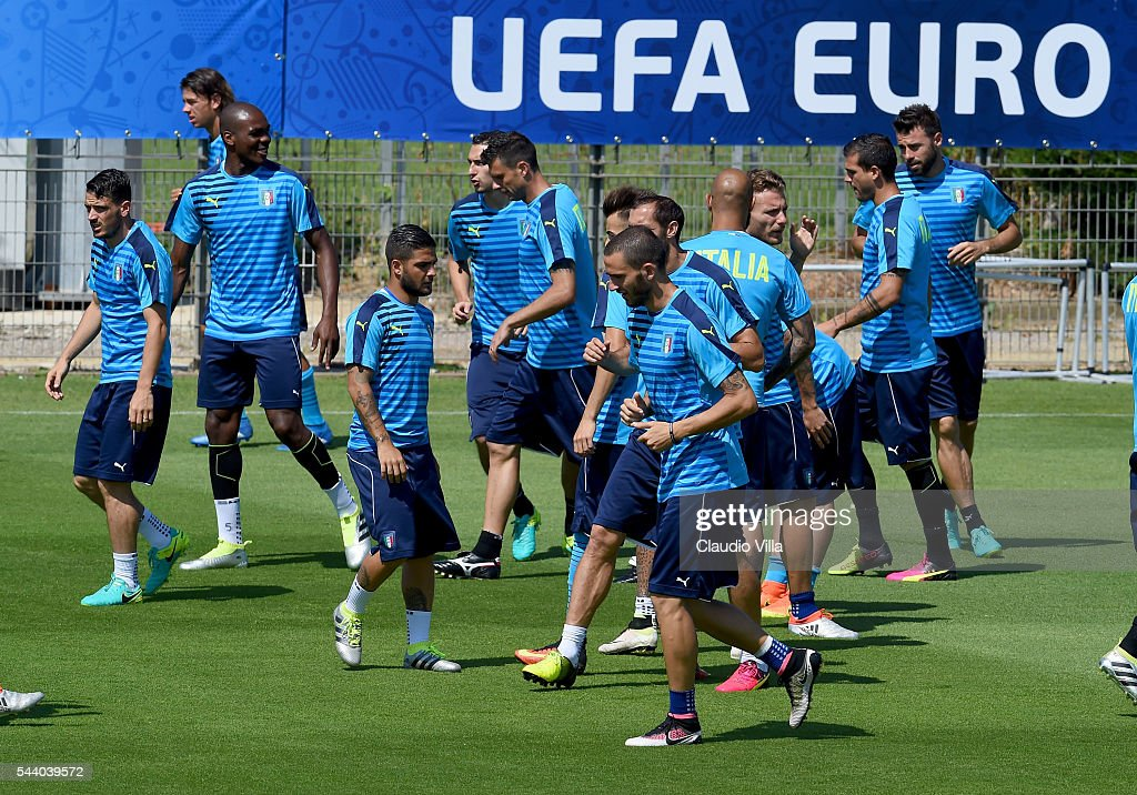 Players in action during the Italy training session at 'Bernard Gasset' Training Center on July 01, 2016 in Montpellier, France.