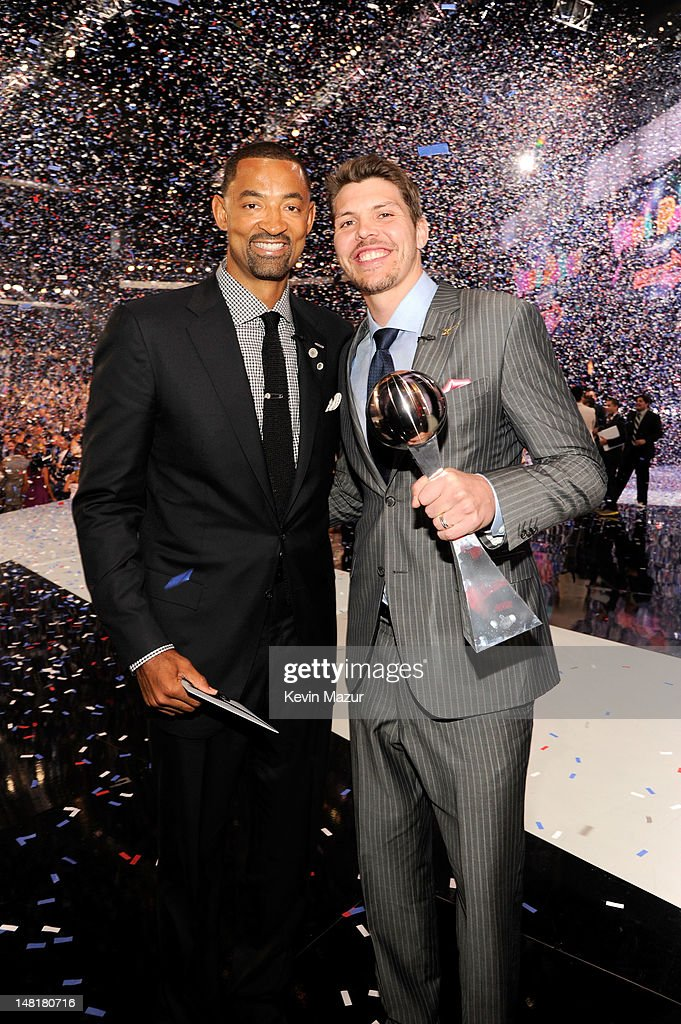 NBA players Juwan Howard and Mike Miller attend the 2012 ESPY Awards at Nokia Theatre L.A. Live on July 11, 2012 in Los Angeles, California.