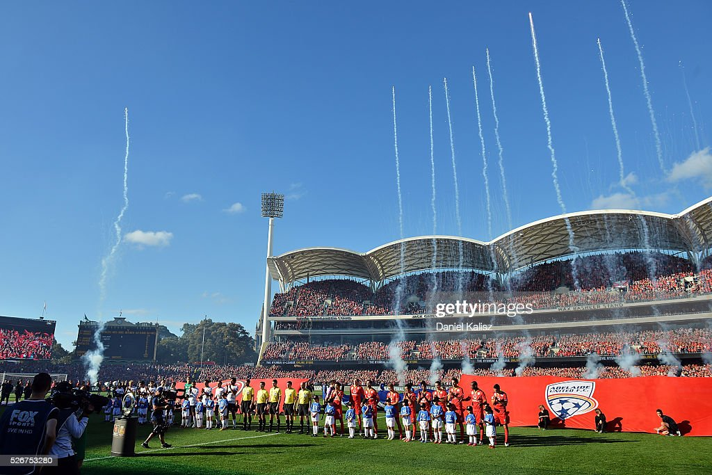 Players line up prior to the 2015/16 A-League Grand Final match between Adelaide United and the Western Sydney Wanderers at Adelaide Oval on May 1, 2016 in Adelaide, Australia.