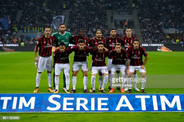 Players of AC Milan pose for a team photo prior to the Serie A football match between FC Internazionale and AC Milan FC Internazionale wins 32 over...