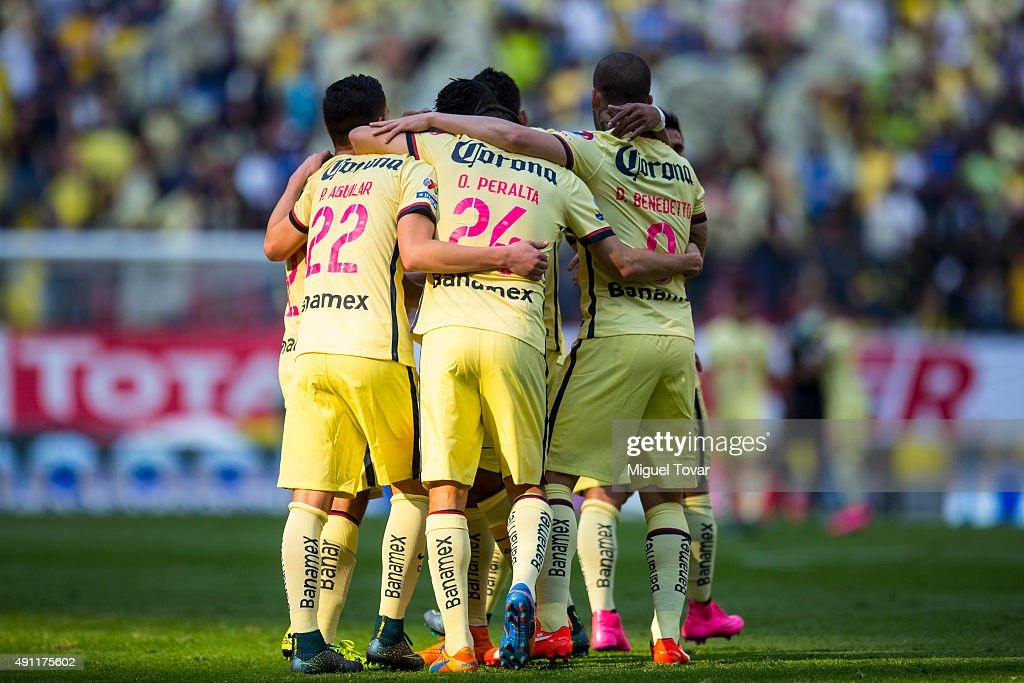 Players of America celebrate the first goal of their team during the 12th round match between America and Chiapas as part of the Apertura 2015 Liga...