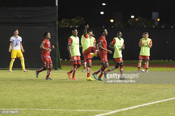 Players of America de Cali celebrate after winning a match against Orsomarso as part of third round of Torneo Aguila 2016 at Francisco Rivera Escobar...