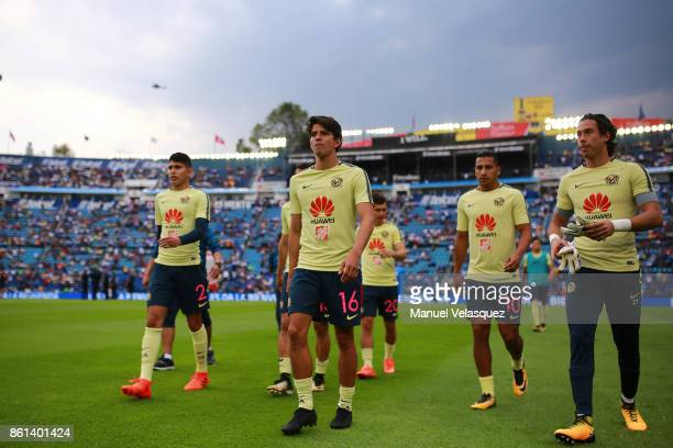 Players of America walk in the field before the 13th round match between Cruz Azul and America as part of the Torneo Apertura 2017 Liga MX at Azul...