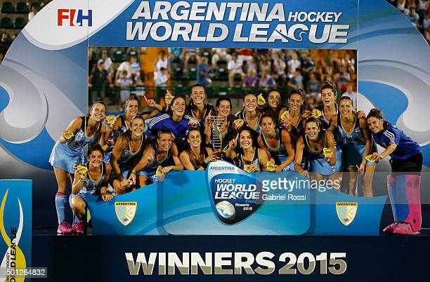 Players of Argentina pose for a photo after winning the final match between Argentina and New Zealand as part of Day 9 of the Hockey World League...