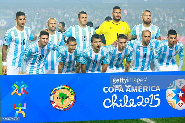 Players of Argentina pose for a team photo prior to the 2015 Copa America Chile Semi Final match between Argentina and Paraguay at Ester Roa...