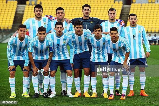Players of Argentina pose for a team photo prior to the FIFA U20 World Cup New Zealand 2015 Group B match between Austria and Argentina at Wellington...