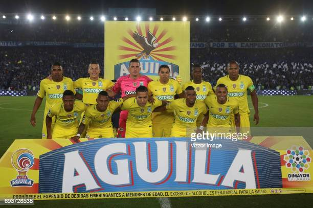 Players of Atletico Nacional pose for a photo prior the Semi Finals first leg match between Millonarios and Atletico Nacional as part of Liga Aguila...