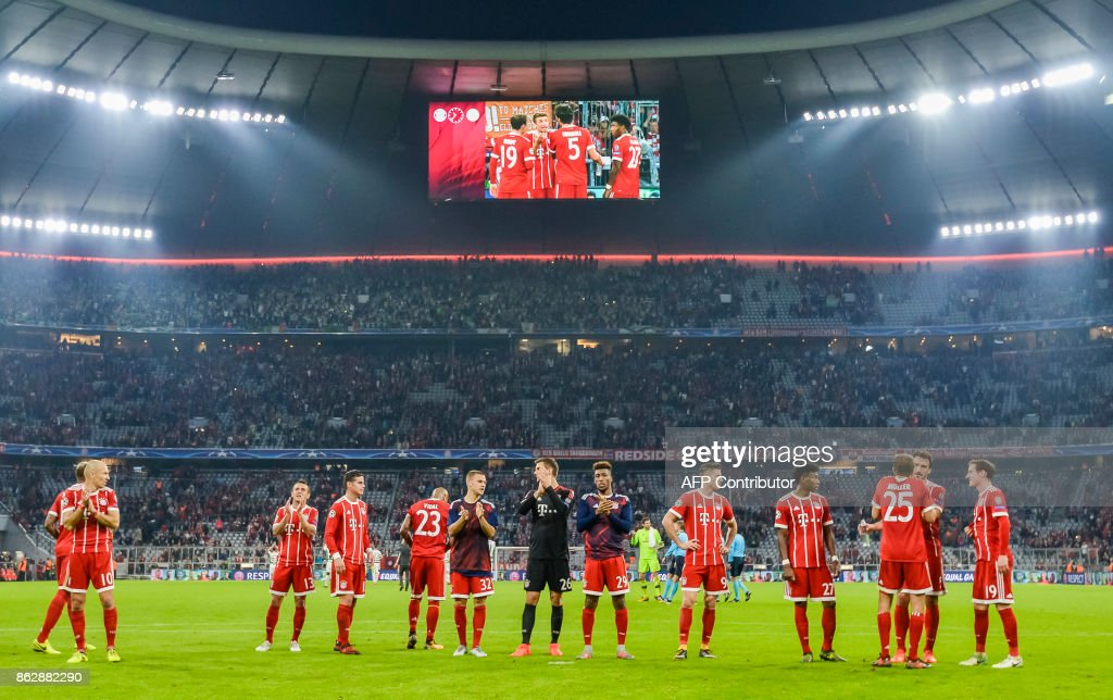 Players of Bayern Munich celebrate the victory after the Champions League group B match between FC Bayern Munich and Celtic Glasgow in Munich, southern Germany, on October 18, 2017. /