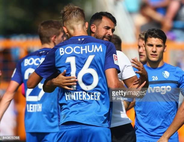 Players of Bochum celebrate their win during the Second Bundesliga match between VfL Bochum 1848 and SG Dynamo Dresden at Vonovia Ruhrstadion on...