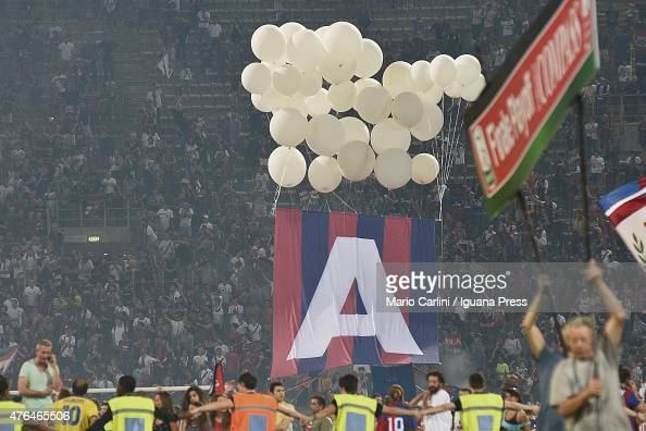 Players of Bologna FC celebrate at the end of the Serie B playoff final match between Bologna FC and Pescara Calcio at Stadio Renato Dall'Ara on June...
