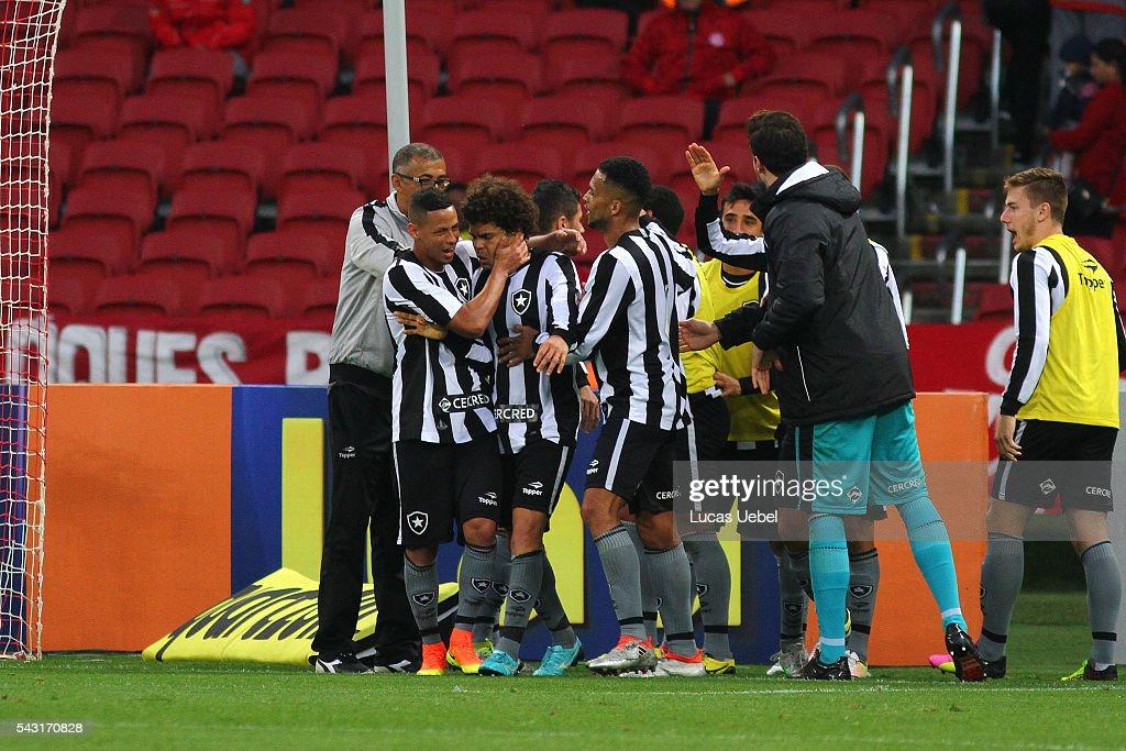 Players of Botafogo celebrates their third goal during the match between Internacional and Botafogo as part of Brasileirao Series A 2016, at Estadio Beira-Rio on June 26, 2016, in Porto Alegre, Brazil.