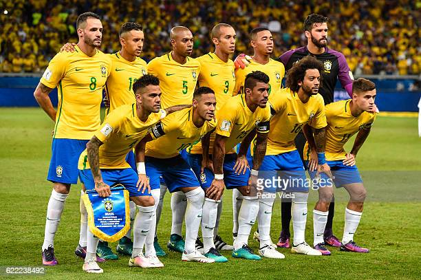 Players of Brazil pose for a photo before a match between Brazil and Argentina as part 2018 FIFA World Cup Russia Qualifier at Mineirao stadium on...