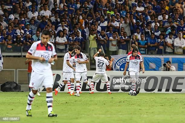 Players of Cerro Porteño celebrate a scored goal during a match between Cruzeiro and Cerro Porteño as part of Copa Bridgestone Libertadores 2014 at...