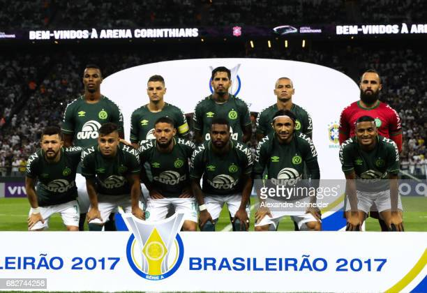 Players of Chapecoense pose for photo during the match between Corinthians and Chapecoense for the Brasileirao Series A 2017 at Arena Corinthians...