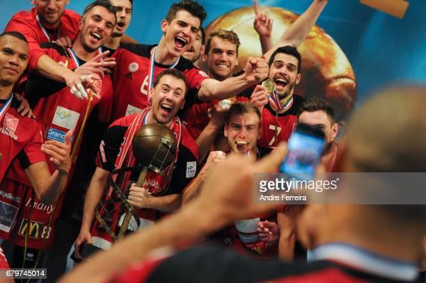 Players of Chaumont celebrate during the Ligue A Final between Toulouse Spacers and Chaumont VB 52 at Salle Pierre Coubertin on May 6 2017 in Paris...