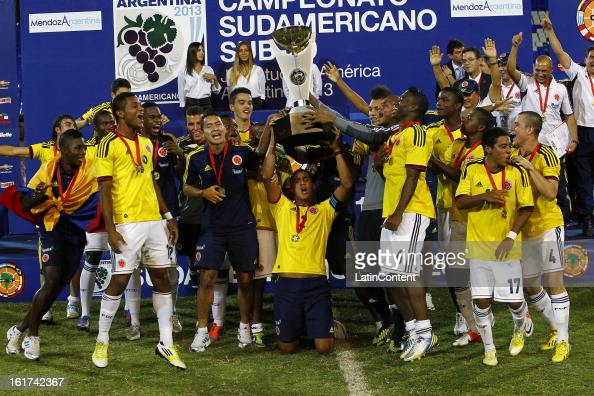 Players of Colombia celebrate victory after a match between Colombia and Paraguay as part of the 2013 South American Youth Championship at Malvinas...