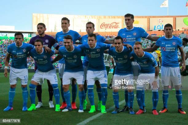 Players of Cruz Azul pose for a team photo prior to the 6th round match between Santos Laguna and Cruz Azul as part of the Torneo Clausura 2017 Liga...